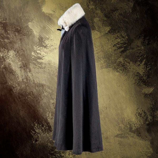 London-cape-black-pavoni-vaganti (3)