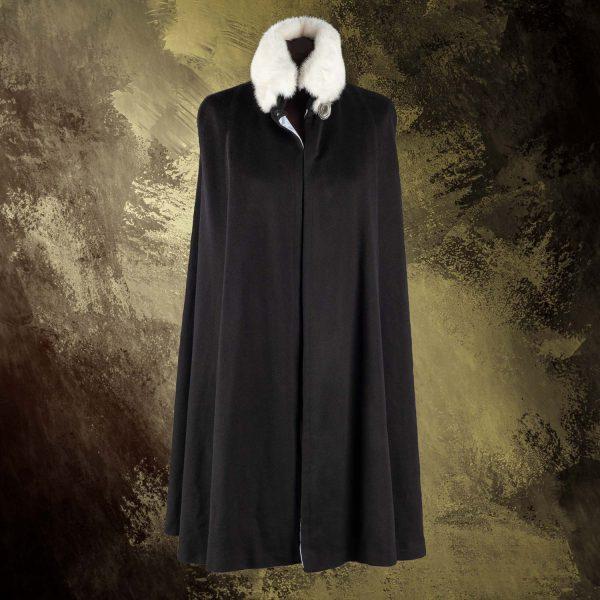 London-cape-black-pavoni-vaganti (4)