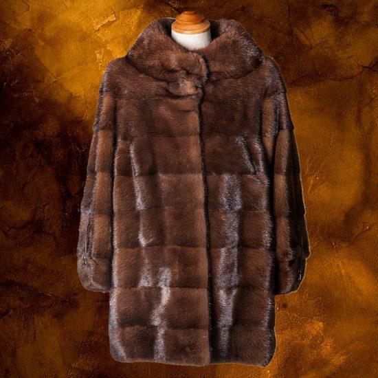 half-lenght-mink-coat-pavoni-vaganti